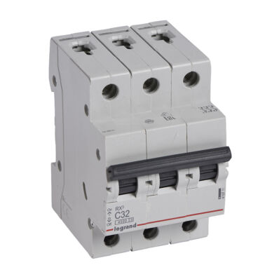 Ilustrație: Disjunctor RX3 MCB 3P C32 4500A