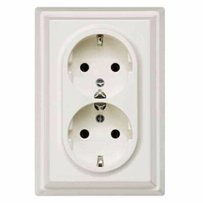 Ilustrație: Siemens DELTA SCHUKO DOUBLE SOCKET OUTL 10/16A 250V, TITANIUM WHITE W. SCREW TERMINALS F. SWITCH BOXES D=58MM COVER PLATE 117X80MM